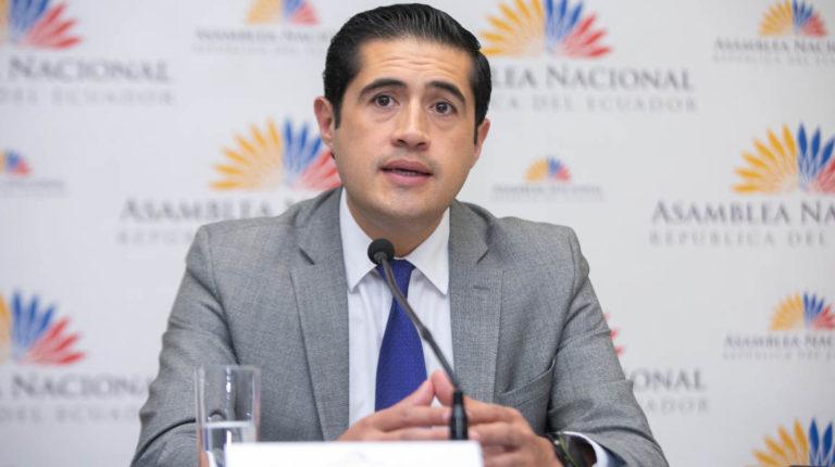 ministro de Finanzas, Richard Martínez