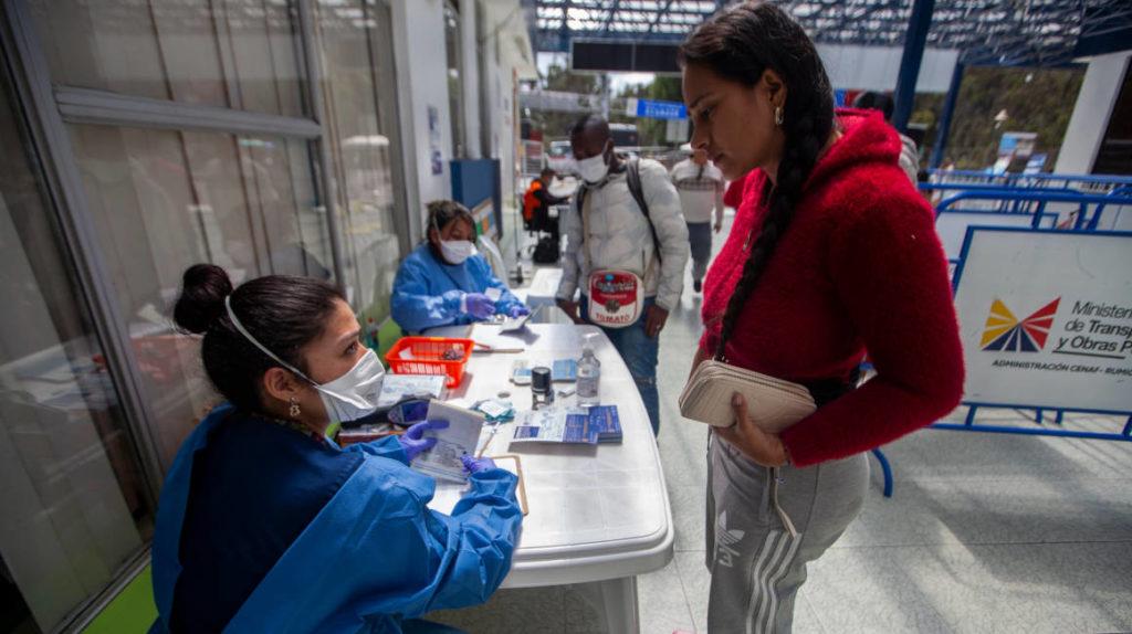 Salud confirma 17 casos de coronavirus en Ecuador
