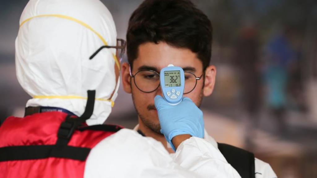 Extranjero con coronavirus recibe atención médica en Quito