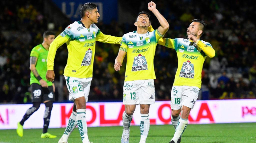 Ángel Mena, segundo goleador de la Liga MX con doblete ante Juárez