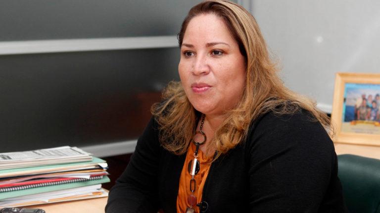 Pamela Martínez, como seleccionadora de los jueces de la Corte constitucional, da una entrevista en 2012.