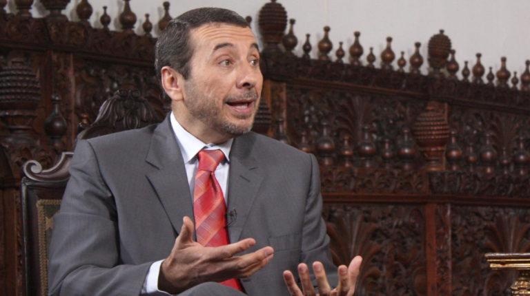 Vinicio Alvarado, exsecretario de la Administración Pública, durante una entrevista en 2011.