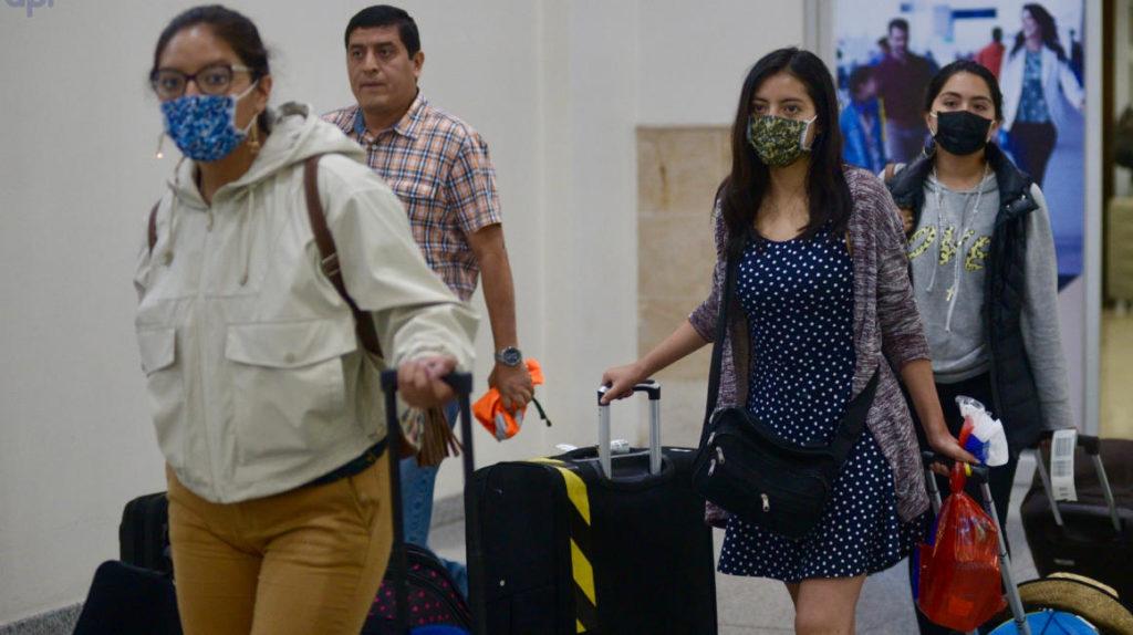 Pasajeros de vuelos internacionales entregarán Declaración de Salud a su arribo a Ecuador