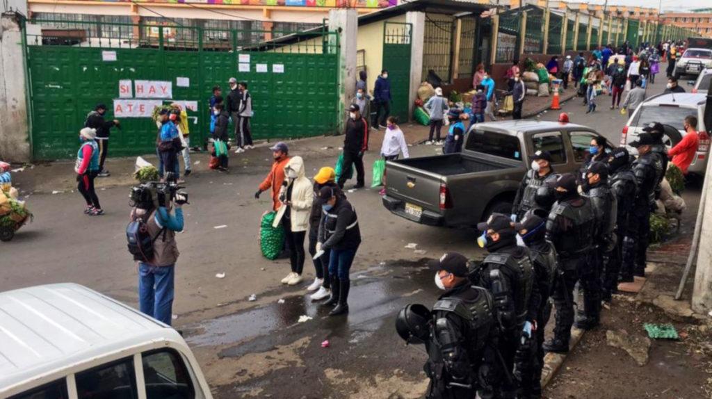 Comerciantes de San Roque exigen que se reabra el mercado