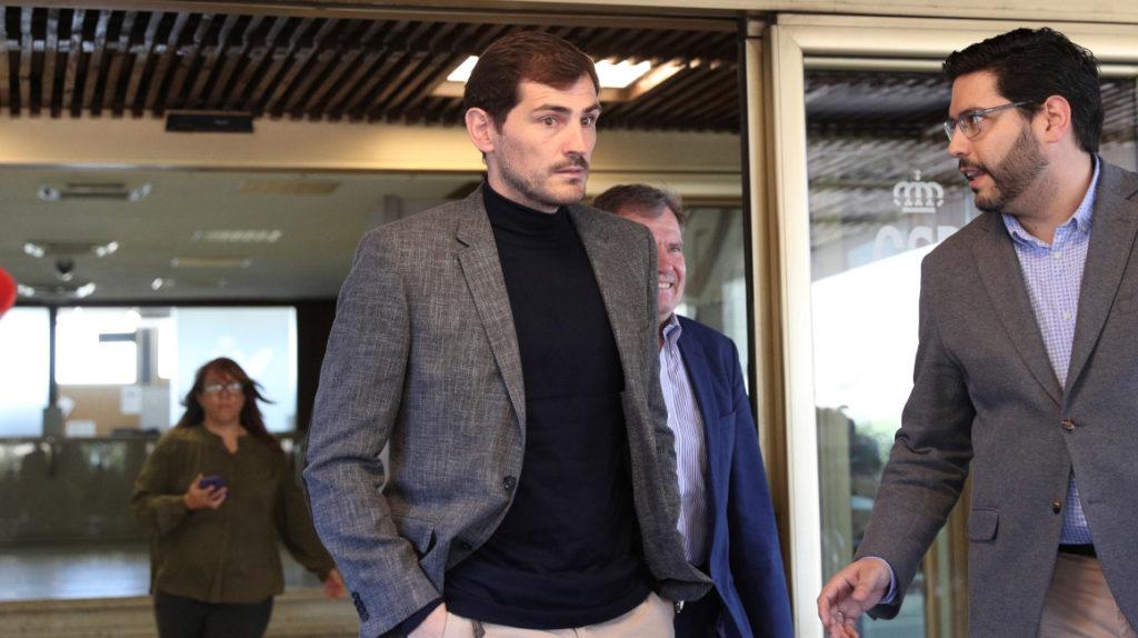 El portero Iker Casillas anuncia que se retirará del fútbol