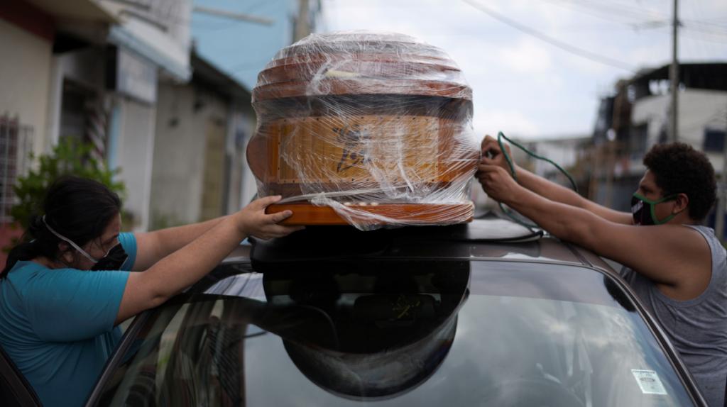 Fiscalía investiga supuestos cobros en las morgues de los hospitales de Guayaquil