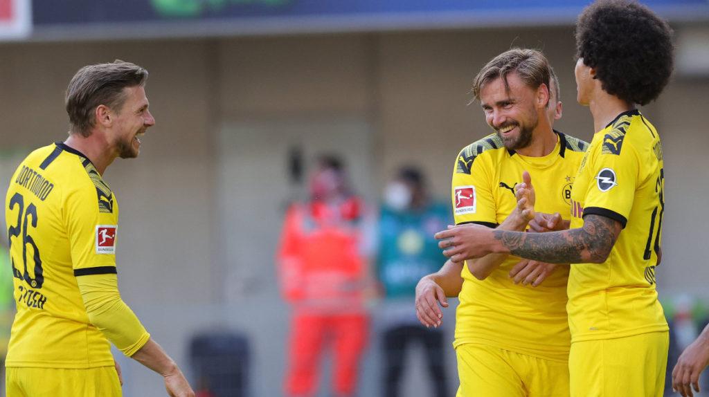 El Borussia Dortmund golea y se mantiene segundo en la Bundesliga