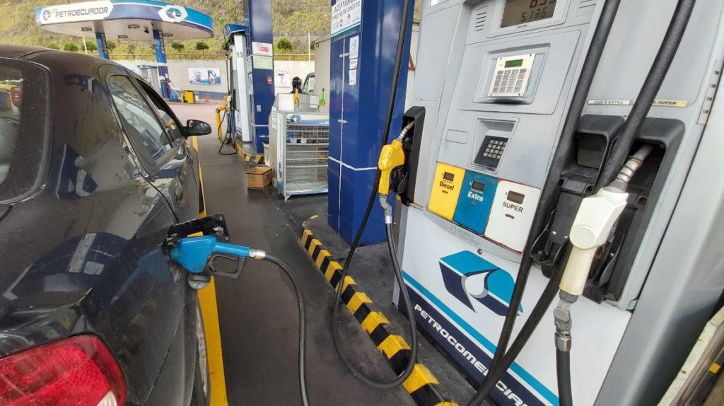 Petroecuador adjudica importación de nafta a la empresa Trafigura