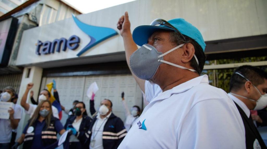Trabajadores, maestros y estudiantes protestan contra el Gobierno