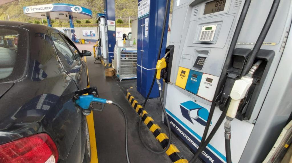 Ecuador firma memorando para elevar la calidad de los combustibles