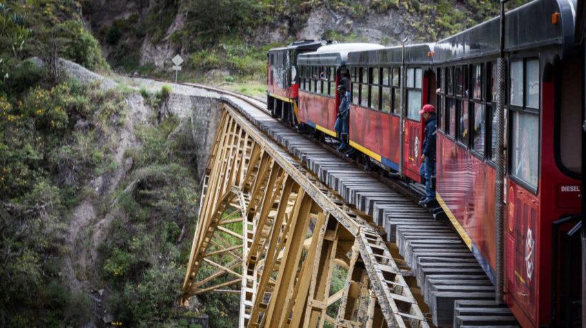 Imagen del 10 de abril de 2015 de un tramo del recorrido llamado Tren de la LIbertad, de Ferrocarriles del Ecuador.
