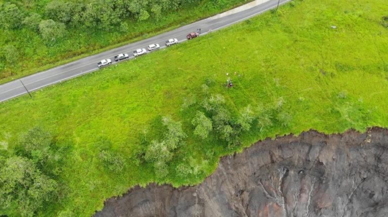En el sector de San Luis, a la altura del río Montana, la erosión del río está a 40 metros de la vía Quito-Lago Agrio, según la Alcaldía de El Chaco.
