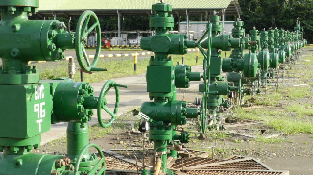Ecuador reanuda producción y exportación de petróleo