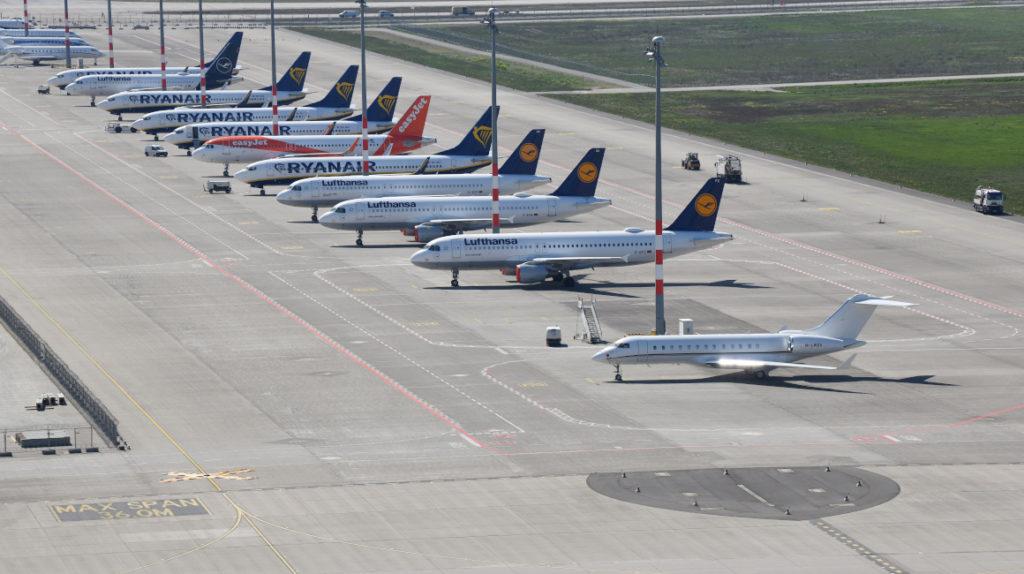 Compañías globales esperan que el tráfico aéreo se restablezca en 2024