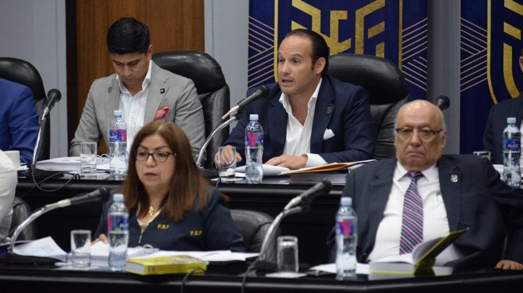 Clubes y asociaciones piden a Egas resolver conflictos disciplinarios de la FEF
