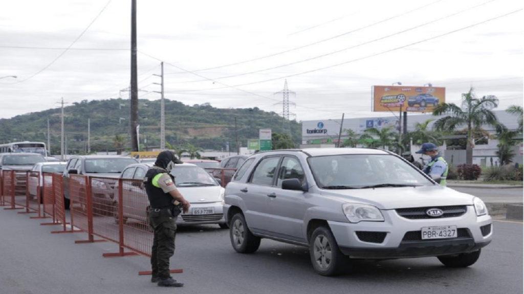 Policía y ATM controlarán paradas de Metrovía en Guayaquil
