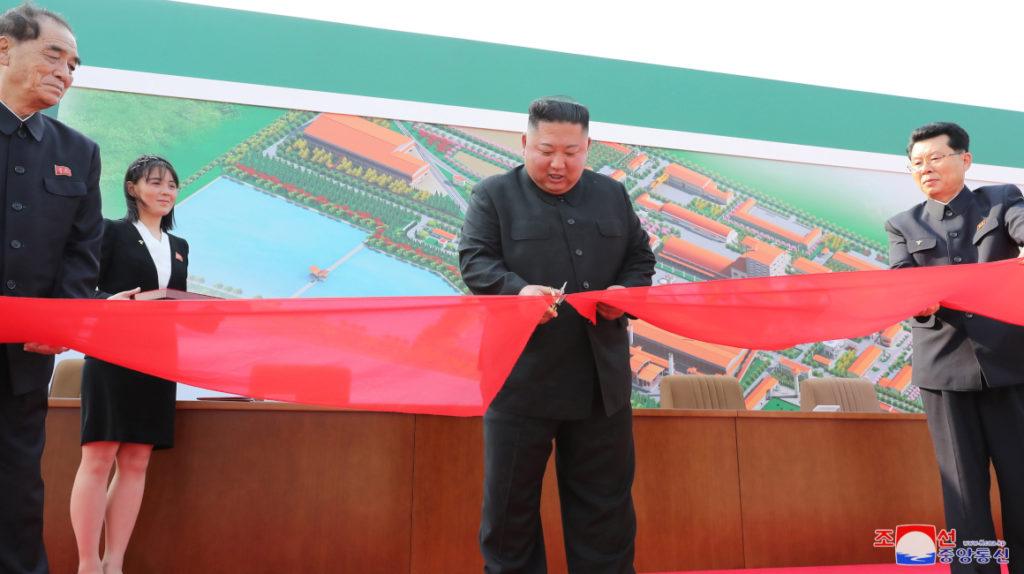 Kim Jong-un reaparece y frena rumores sobre su estado de salud