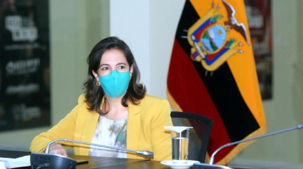 Reinicio de clases presenciales en la Costa enfrenta a Ministra Romo y a Alcaldesa Viteri