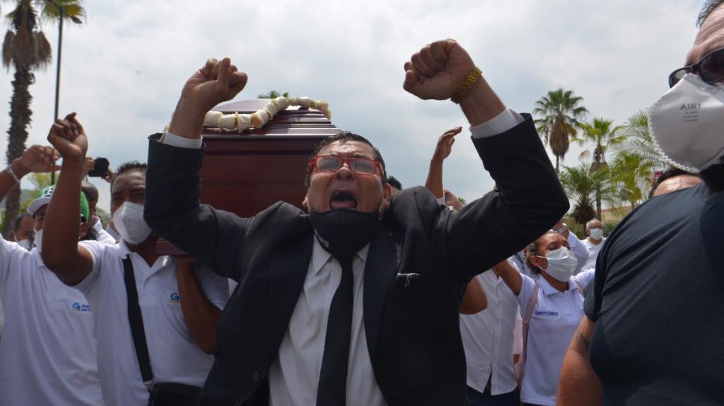 Prefecto del Guayas fue enterrado en una ceremonia privada