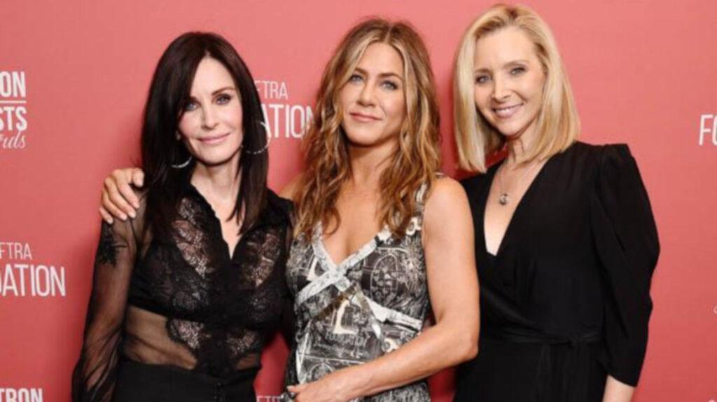 Jennifer Aniston promete una reunión de 'Friends' 'muy divertida'