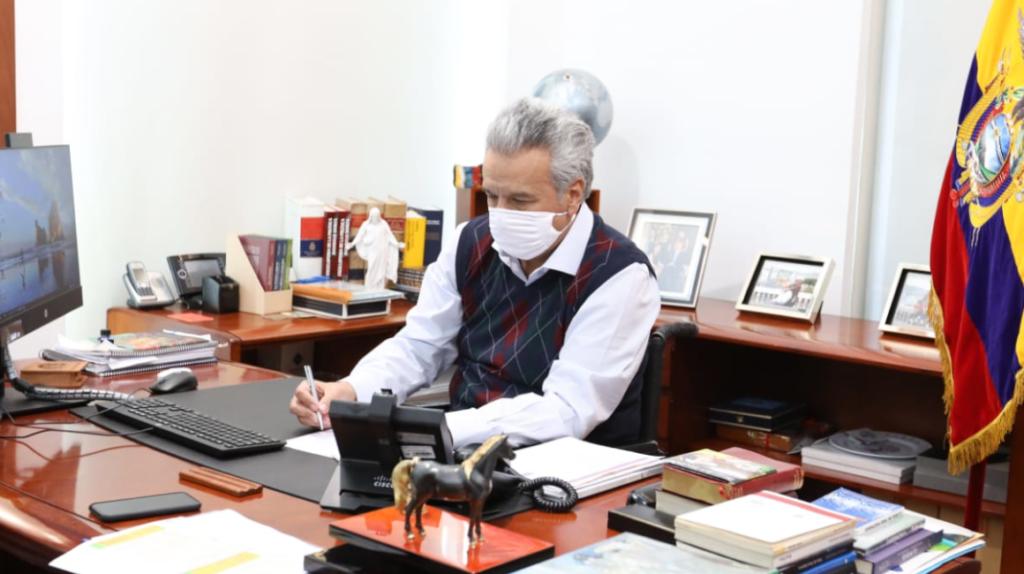 Moreno destituye a director de Arconel por errores en facturación eléctrica