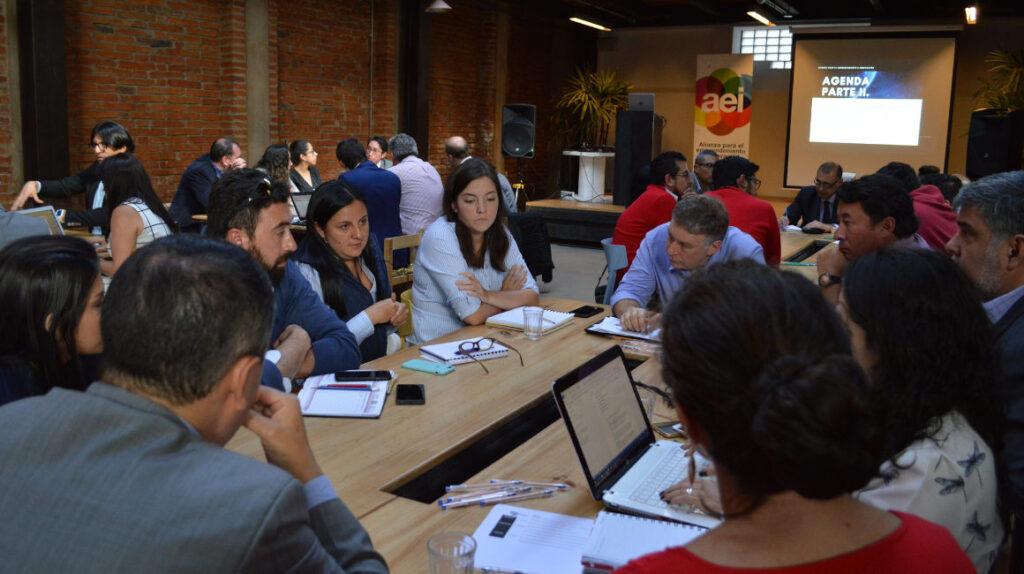 Organizaciones y empresas lanzan iniciativas para reactivar la economía