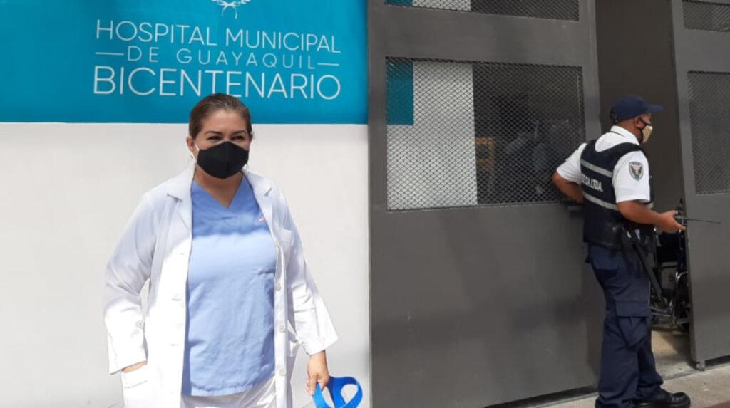 """Tres """"trabajadores de primera línea"""" cuentan cómo vencieron al coronavirus"""