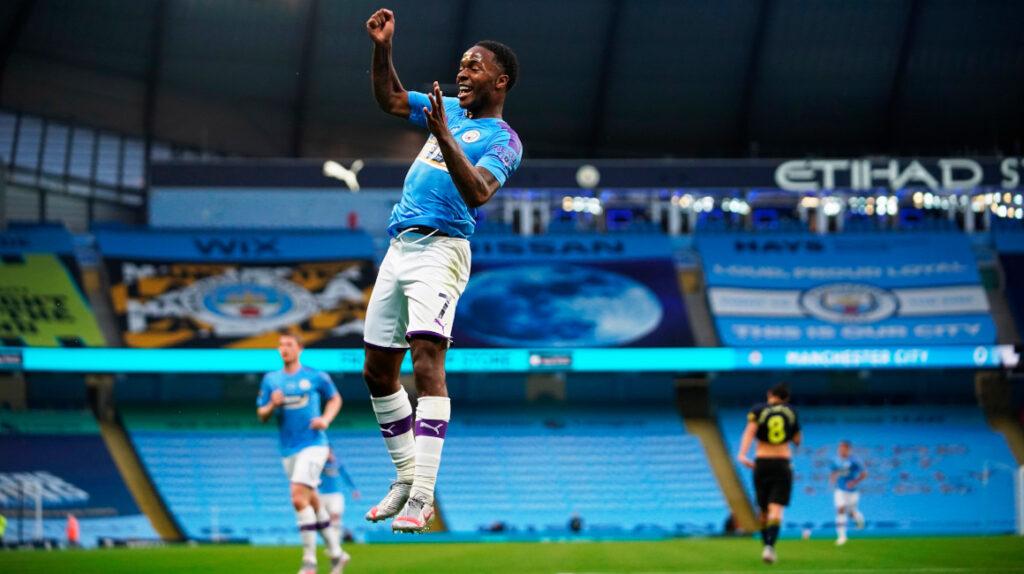Manchester City venció al Arsenal en el regreso del torneo inglés
