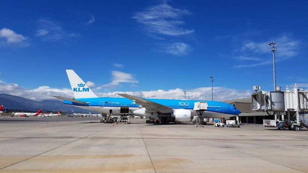 Aerolíneas retoman vuelos internacionales a Ecuador bajo cronogramas especiales
