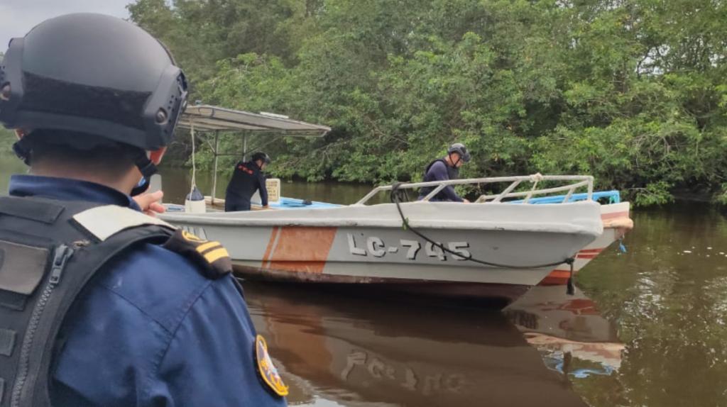 Sin la Armada, pescadores y camaroneros quedan indefensos