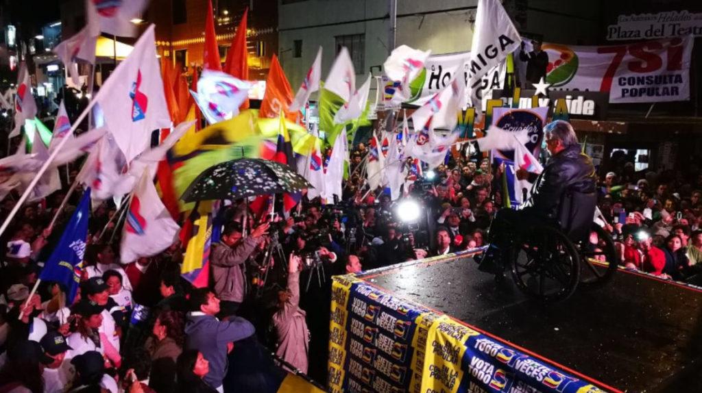El 22 de enero el presidente Moreno hacía campaña por la consulta popular en Quito.