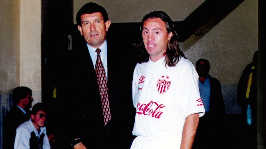 Hace 35 años, Álex Aguinaga marcó su primer gol en el fútbol ecuatoriano