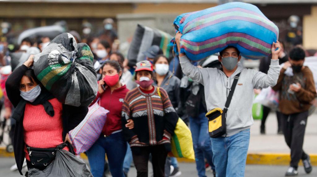 La economía en Perú habría caído cerca del 40% en abril
