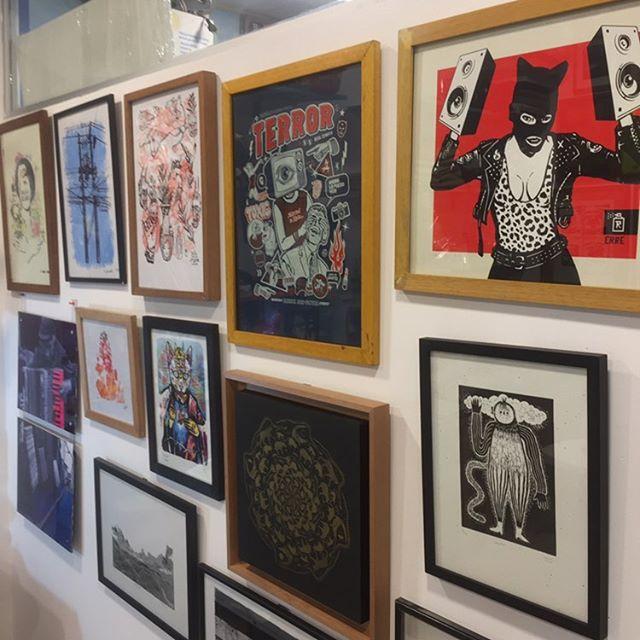 Algunas de las obras que se pueden encontrar en Nudo Sreet Art Project.