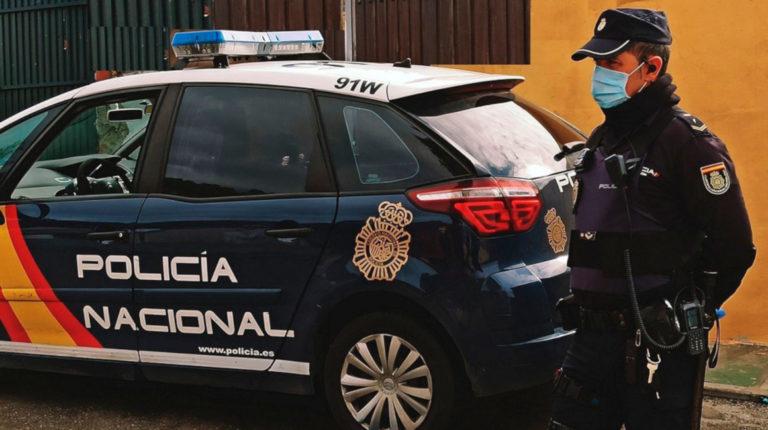 Ecuatoriano queda atrapado en un ducto, tras intento de robo en Madrid