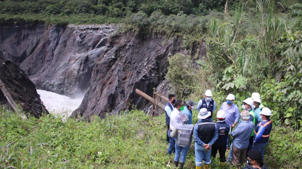 Cierran tramo Baeza-El Reventador por erosión regresiva en río Coca