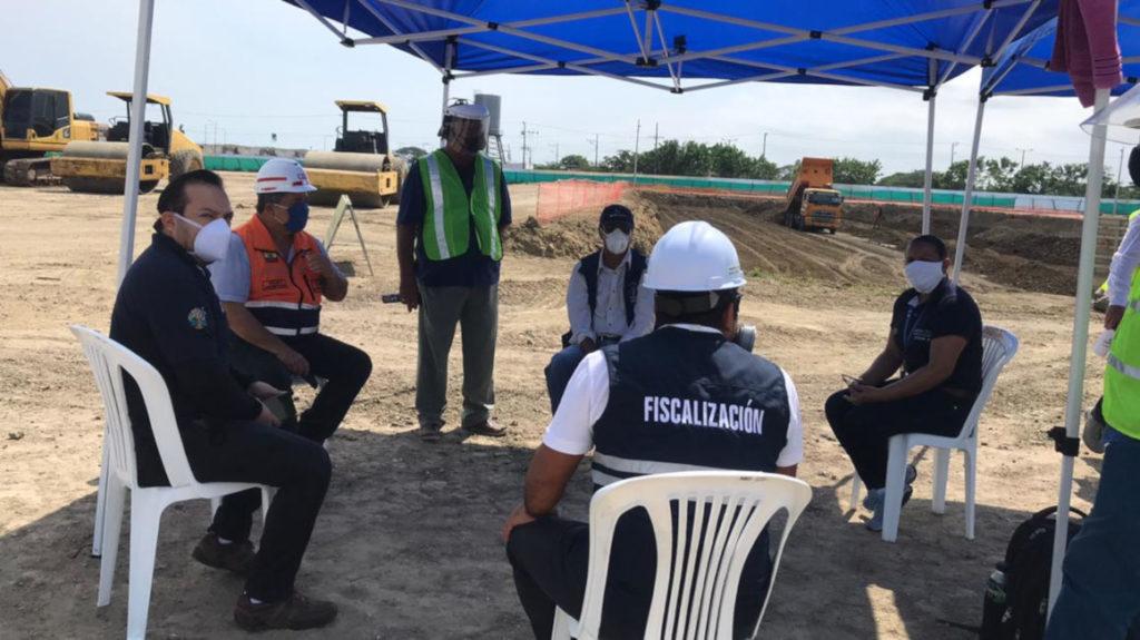 Pedernales: Gobierno analizará futuro del hospital con autoridades locales