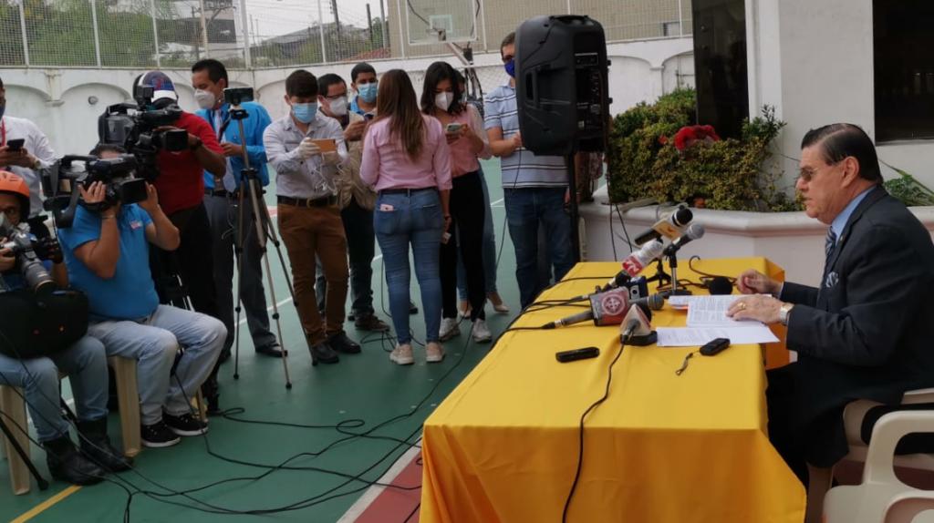 Caso Bucaram: Insumos médicos provienen de empresa dedicada a venta de vehículos