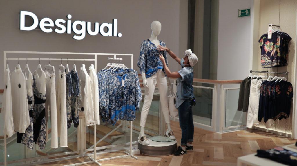 En medio desconfinamiento, los españoles se lanzan a las compras