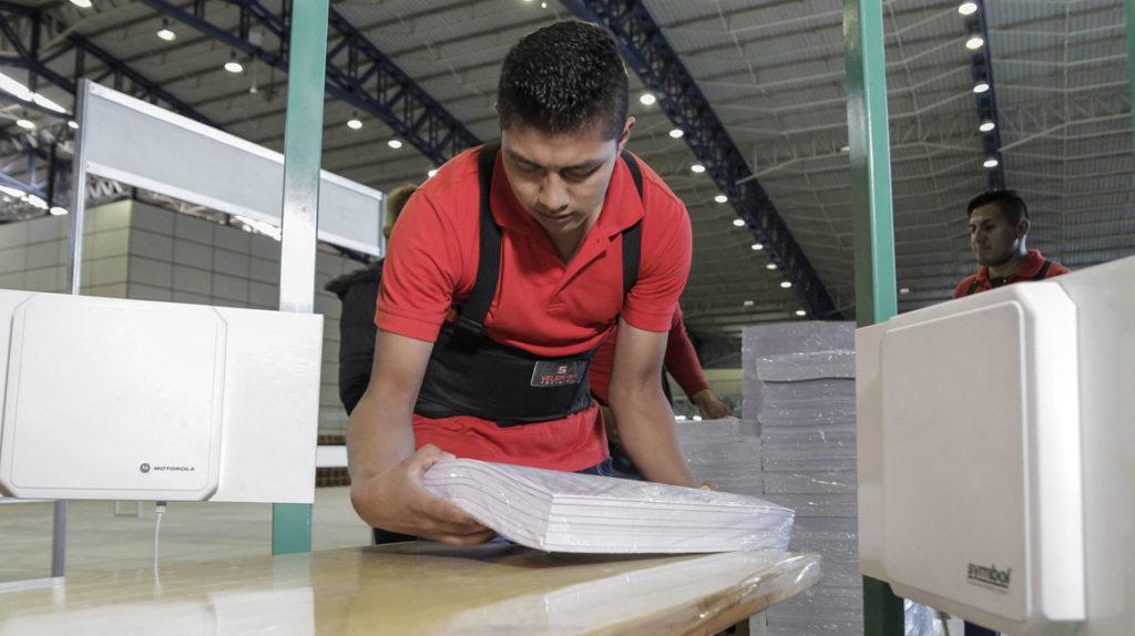 El CNE depurará el padrón electoral hasta agosto próximo
