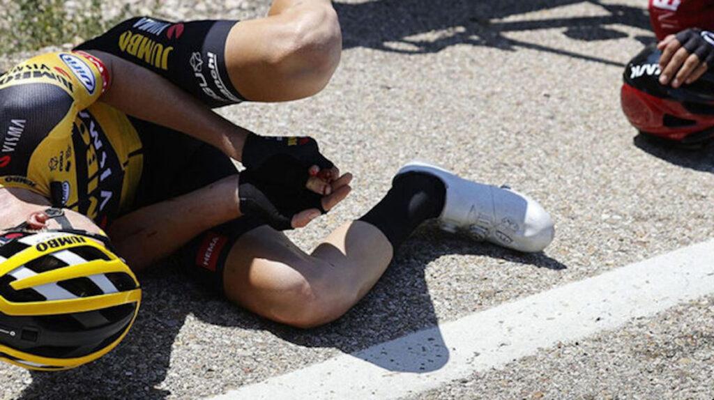 Gijs Leemreize pierde un dedo en su caída de la vuelta a Burgos