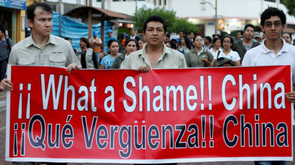 Ecuador y China, una relación que navega entre deuda y soberanía