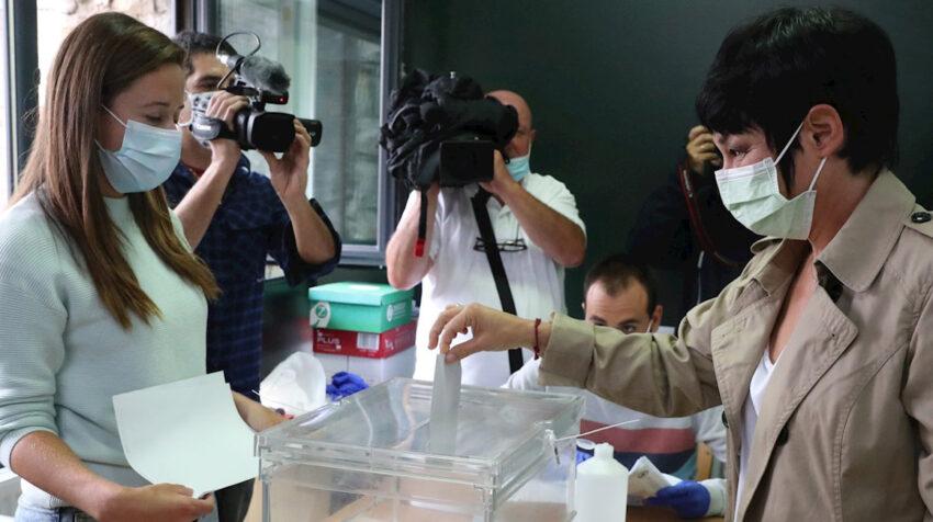 El 12 de julio de 2020, País Vasco (España) realizó las elecciones para la designación de 75 parlamentarios.