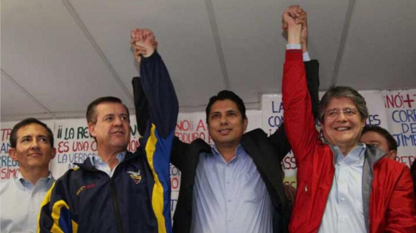 Andrés Páez, Fernando Balda y Guillermo Lasso en una rueda de prensa en octubre de 2016, anunciando la unidad de frente a las presidenciales de 2017.