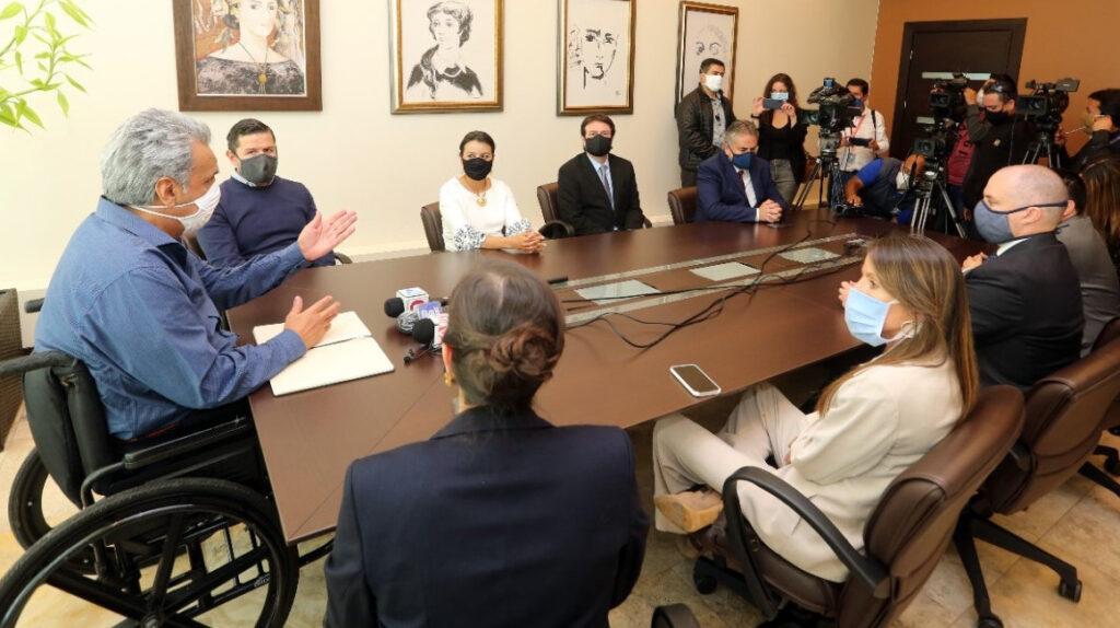 El presidente Moreno reorganiza su gabinete en siete movimientos