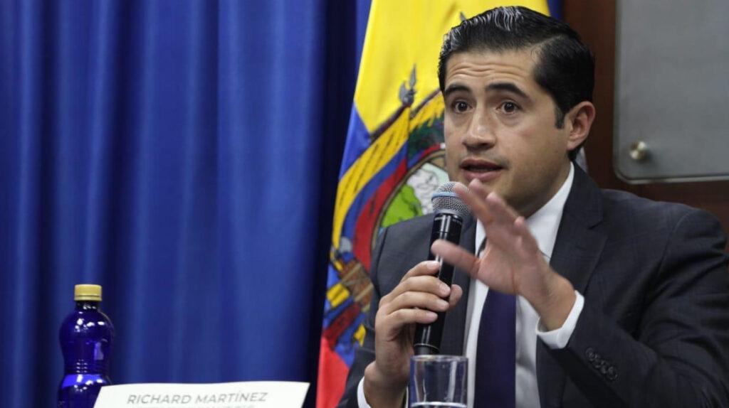"""Lenín Moreno """"heredará"""" una reforma tributaria obligatoria a su sucesor"""