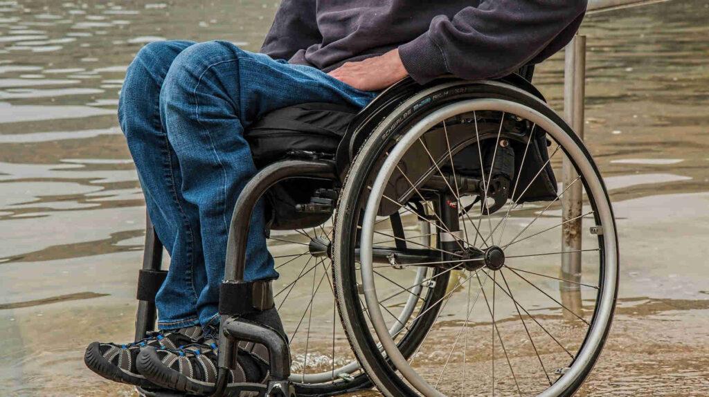 Gobierno limita la importación de autos usando el carné de discapacidad