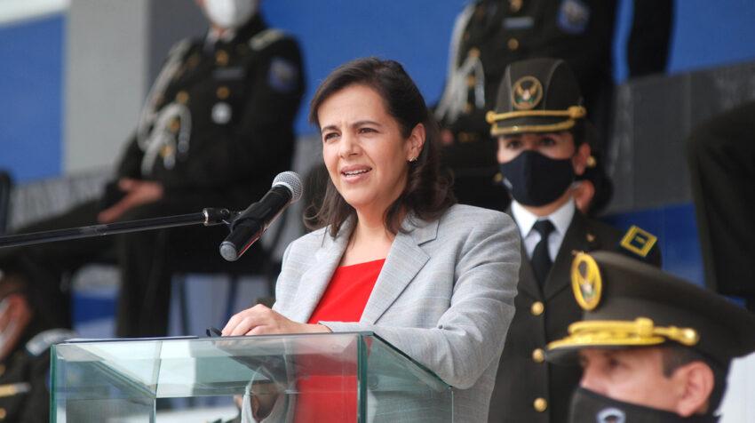 La ministra de Gobierno, María Paula Romo, en una ceremonia policial el 13 de junio de 2020.
