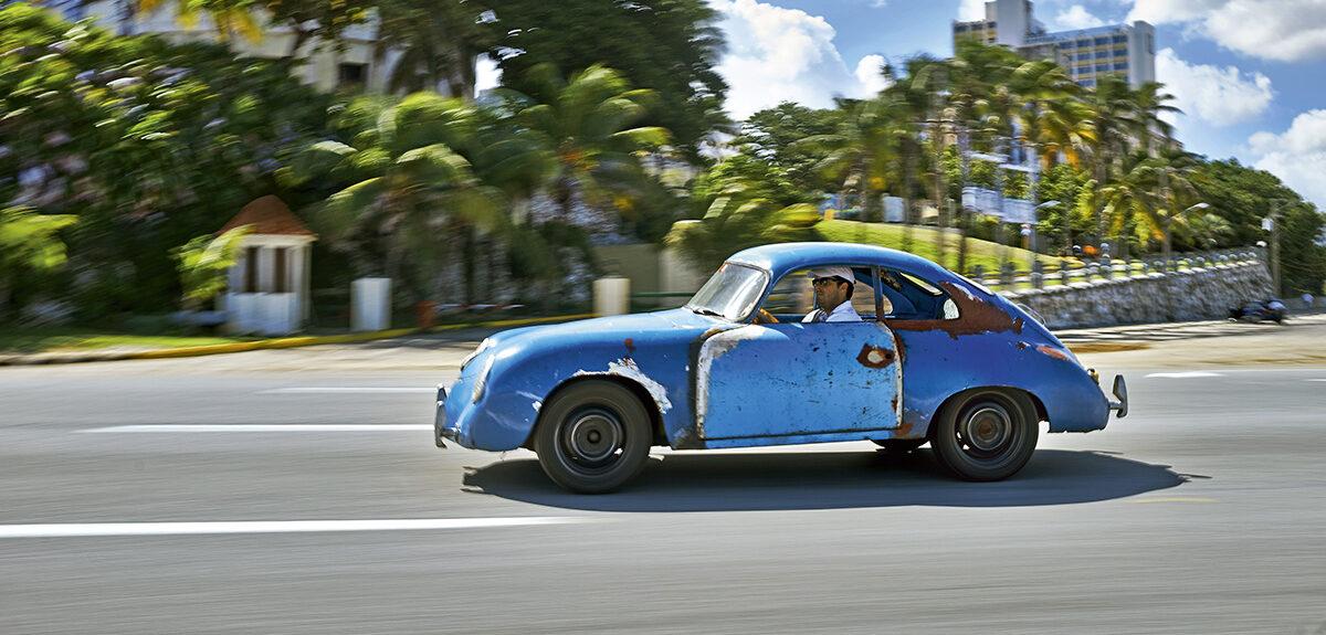 La historia de los Porsche abandonados en Cuba