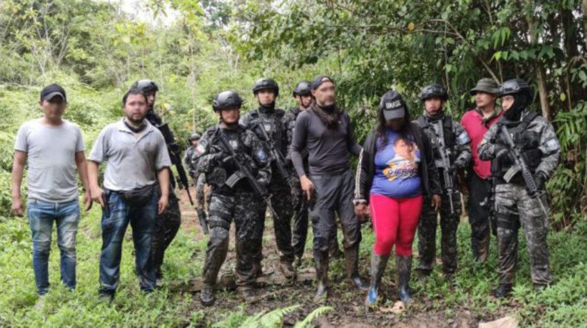 Elsy Valencia fue liberada por la Policía en la selva esmeraldeña el 28 de agosto de 2020.